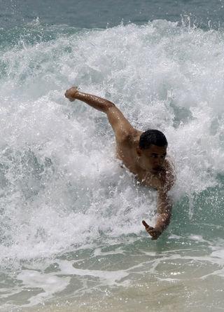 Obama-body-surf
